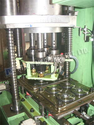 Shuttle Type Multispindle Tapping SPM, Multi-Spindle Drilling and Tapping Machines